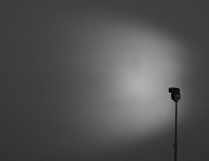 ストロボ照射角広角画像